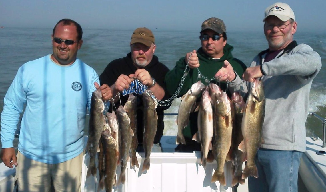 Spring jig fishing on Lake Erie for walleye
